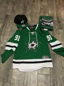 TYLER SEGUIN JERSEY YOUTH XL, SNAPBACK HAT AND FLAG