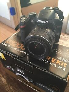 Nikon D3200 kit with extras and box in immaculate condition