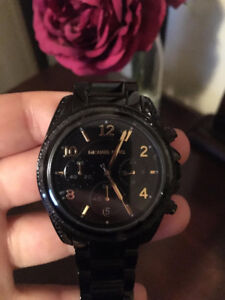 Selling a brand new Michael Kors watch
