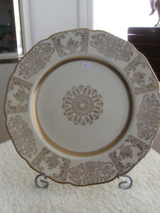 GORGEOUS OLD VINTAGE JOHNSON BROS. CHINA SERVING PLATE
