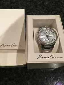 Brand New in Box-  Kenneth Cole Women's watch- gorgeous! London Ontario image 2