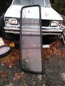 Chev Sliding Back Window
