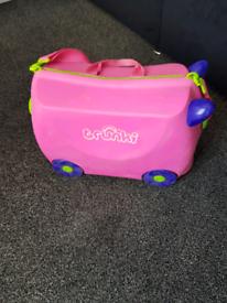 girls trunki suitcase