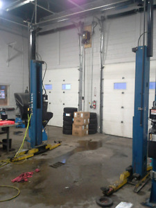 Fordsmith automotive hoist