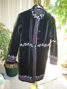 Women's coat 100 % cotton hand embroidered new exc. cond. accept