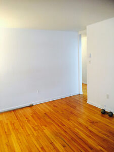 1--1/2  appartment  for  rent in Greenfield park