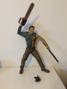 """Evil Dead/Army of Darkness 24"""" Action Figure"""