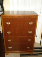 Gorgeous Mid Century Chest of Drawers
