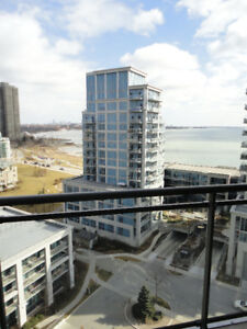 **Luxury Lake View** 1Bed+Den+Parking (All Utilities Included)