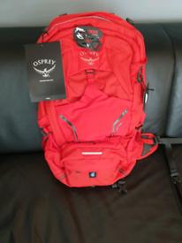 Osprey Synco 20L in Furbelly Red