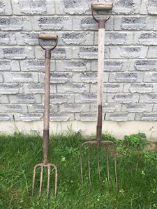 Antique sithe and 2 pitch forks Peterborough Peterborough Area image 2