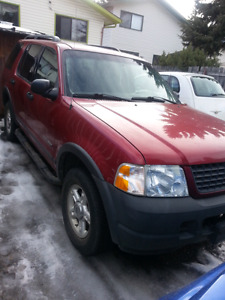 2004 Ford explorer suv only 170000km