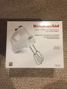 Never been used Kitchenaid 5 speed mixer!