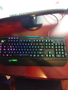 Logitech G910 RGB Gaming Keyboard