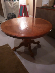 Round Solid Wood Kitchen Table