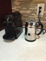 Nespesso coffee machine with frother