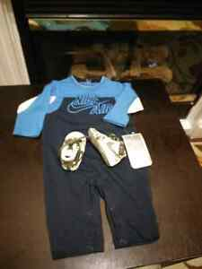 Bnwt nike clothing and nike shoes 3_6 months