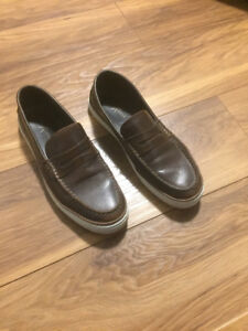 Leather men's shoes size 11.5
