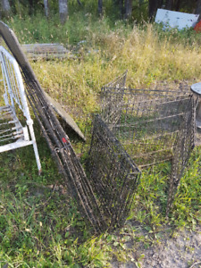 cages collapsible for large dogs or goats and fence