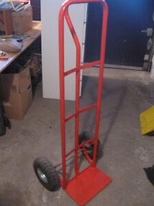 Vertical hand trolley