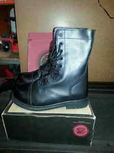 BRAND NEW  - ROTHCO MILITARY COMBAT BOOTS