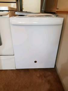 GE Dishwasher White with Stainless Steel Tub $250obo