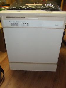 Lave-vaisselle Whirlpool blanc