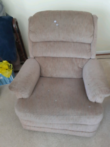 $10 Lazy Boy chair