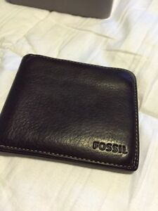 FOSSIL bifold leather wallet