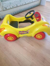 Yellow racing car