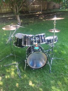 Yamaha Stage Custom 5 pc drum kit