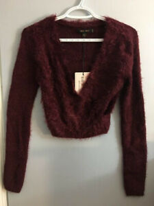 NEW Ladies Mohair Sweater Size Medium