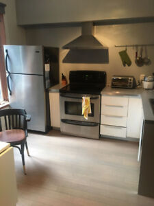 FULLY FURNISHED SUBLET - 3 BEDROOMS - PLATEAU