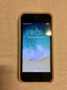 iPhone 5c - 16gb, perfect conditions, OtterBox + charger