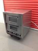 Electric Bakers pride pizza oven / reg oven combo ( mint )