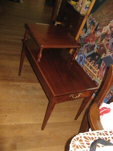 deilcraft Quality Side Table West Island Greater Montréal image 2