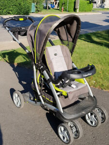 Sit n stand stroller/pousette double assis-debout. Rare feature!