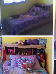 Twin Wood Mate's Bed with Drawers