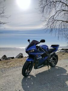 Yamaha R6 s for sale , immaculate condition. LOW KM