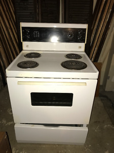 Oven - Good Condition
