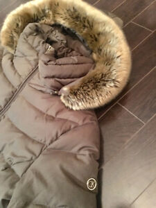 BEAUTIFUL CALVIN KLEIN FUR TRIMMED WINTER COAT XL - WOMANS