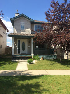 Great single family home for rent in Summerwood, Sherwood Park!!