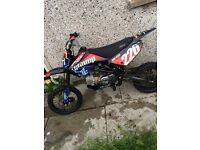 Stomp bike 140cc (pitbike) (scrambler) (motorbike)