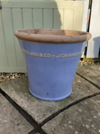 Chamberlain plant pot