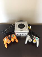 Nintendo Game Cube in Excellent Condition!!