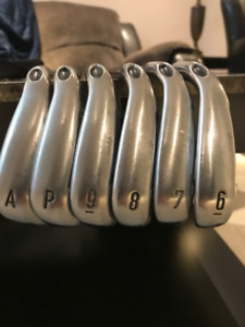 Callaway Steelhead XR iron set.. 6-PW+AW..Senior or Ladies