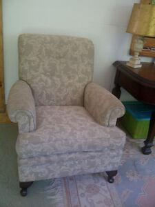 1920s club chair