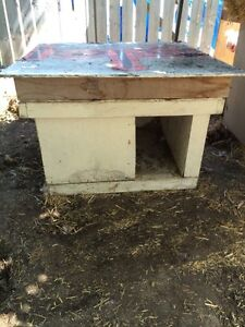 Free insulated and plug in heated dog house