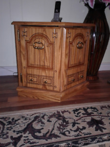 2 octagon end tables