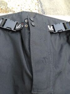 MOTORCYCLE RIDING PANTS WATER PROOF SIZE XXL Windsor Region Ontario image 7